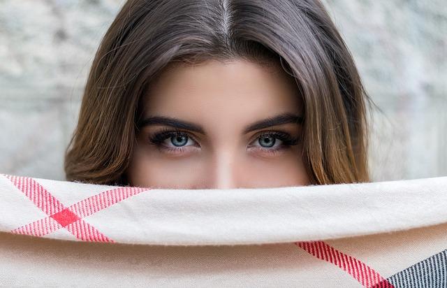 眉毛美容液に期待できる4つの効果